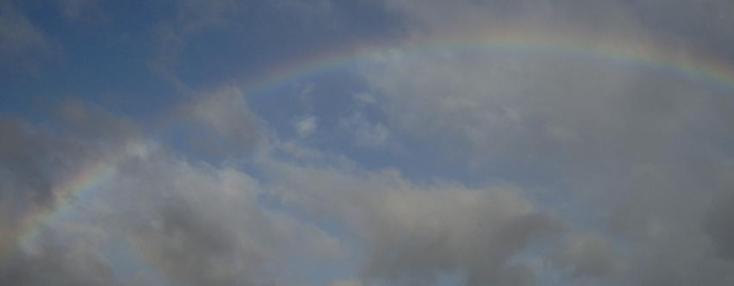 regenbogen_wolken
